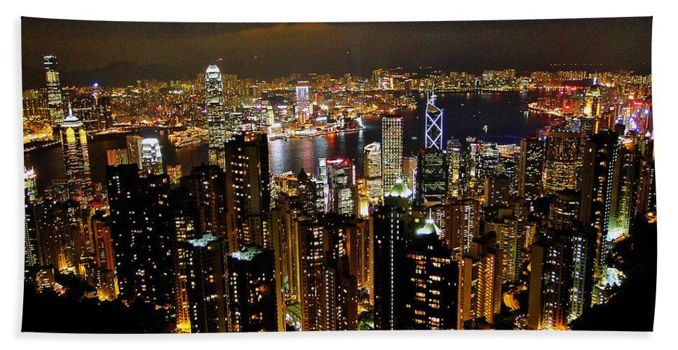 Hong Kong Bath Sheet featuring the photograph City Of Lights by Blair Wainman