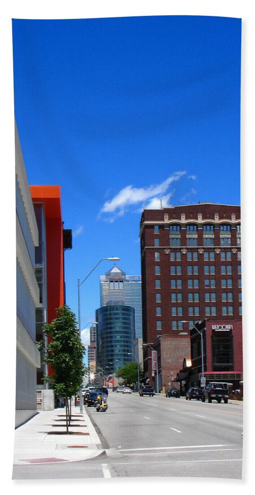 Kansas City Hand Towel featuring the photograph City Street by Steve Karol