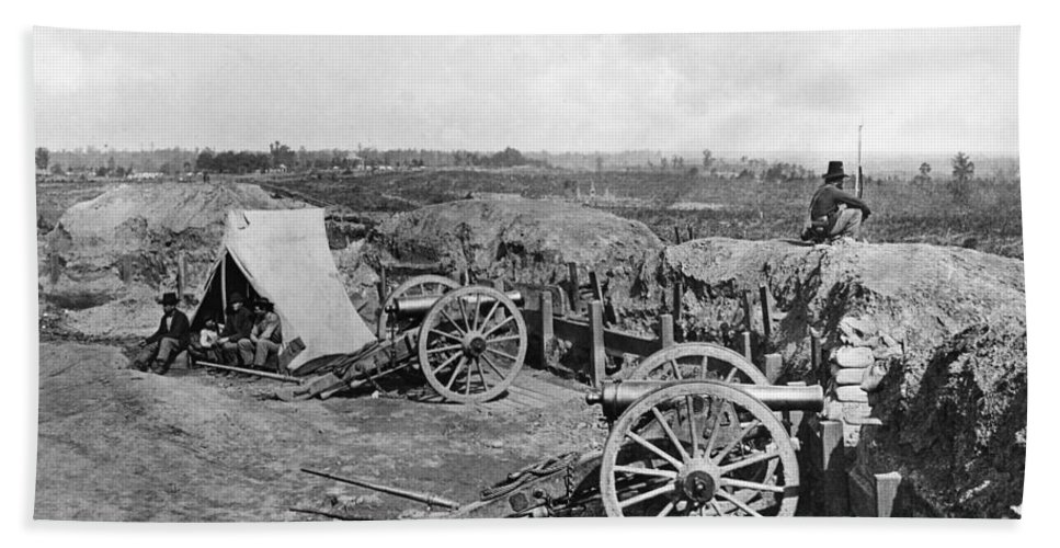 1865 Bath Sheet featuring the photograph Civil War: Fortifications by Granger