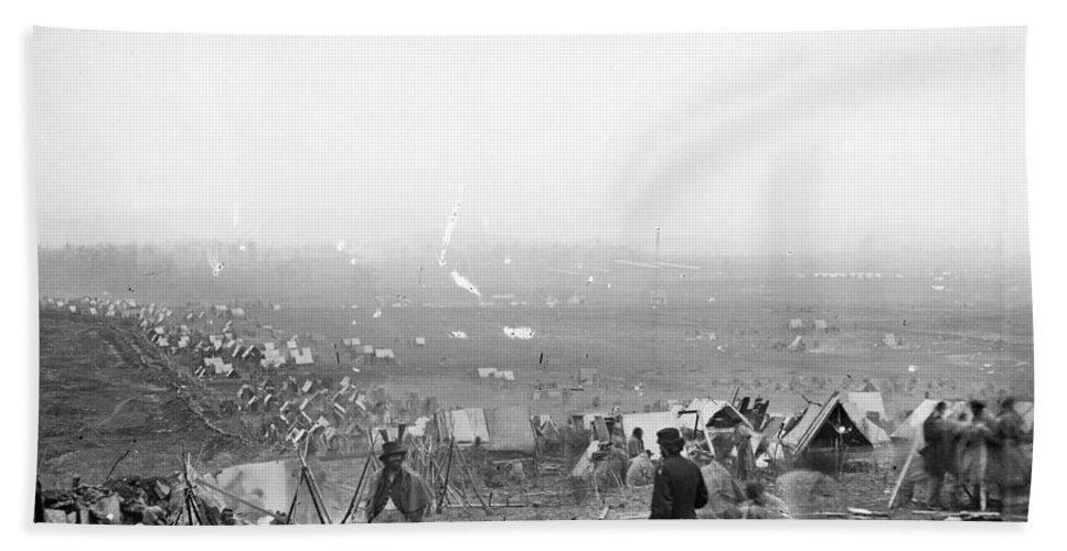 1864 Bath Sheet featuring the photograph Civil War: Nashville, 1864 by Granger