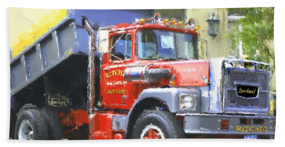 Brockway Hand Towel featuring the photograph Classic Brockway Dump Truck by David Lane