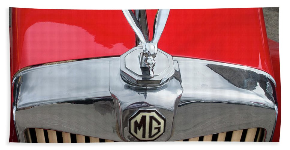 Classic Bath Sheet featuring the photograph 1936 Mg Ta Radiator And Mascot by Peter Lloyd
