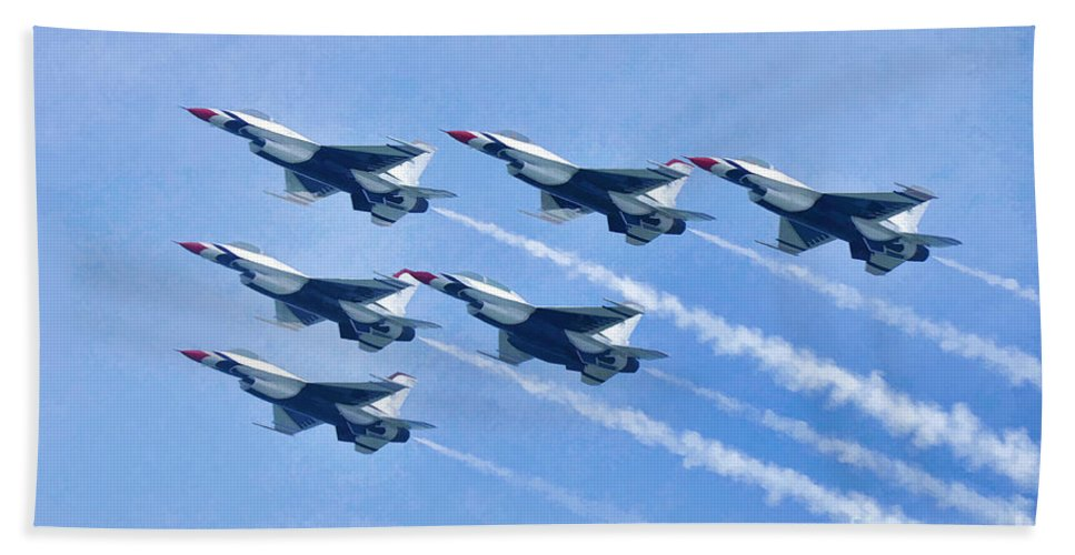 Photographer In North Ridgeville Bath Sheet featuring the photograph Cleveland National Air Show - Air Force Thunderbirds - 1 by Mark Madere