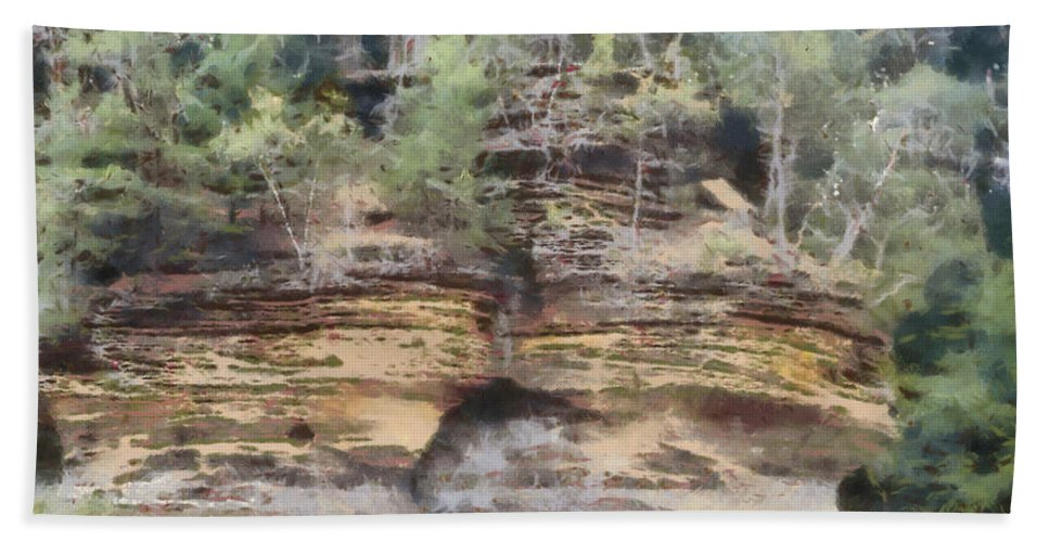 Wright Hand Towel featuring the photograph Cliffs At The Dells by Paulette B Wright