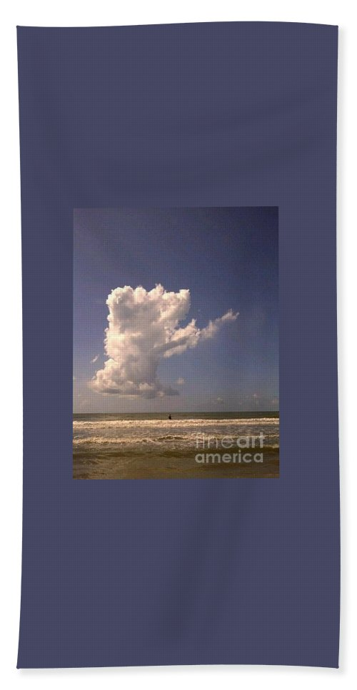 Clouds Hand Towel featuring the photograph Cloud Points The Way by Kim Henderson