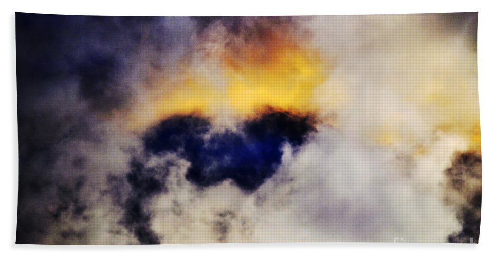 Clay Hand Towel featuring the photograph Cloud Sculping by Clayton Bruster