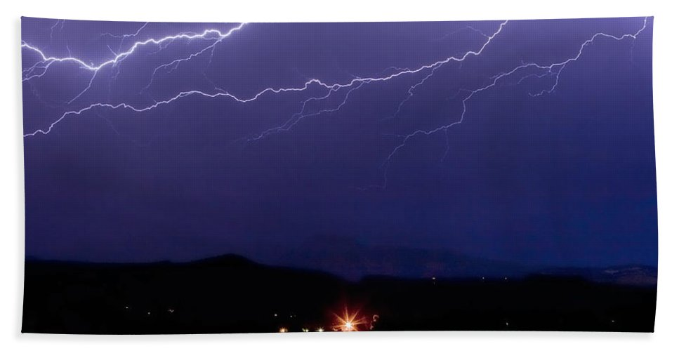 Lightning Hand Towel featuring the photograph Cloud To Cloud Horizontal Lightning by James BO Insogna