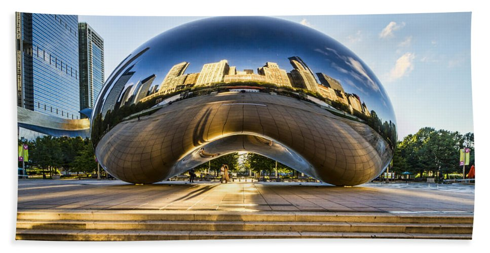 Cloudgate In Chicago Hand Towel featuring the photograph Cloudgate In Chicago by Lindley Johnson
