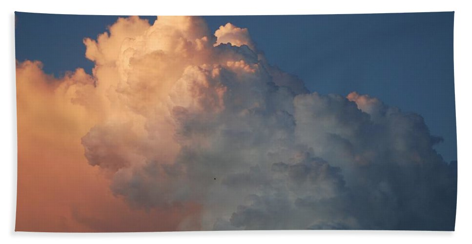 Clouds Bath Towel featuring the photograph Clouds Are Always Greener by Rob Hans