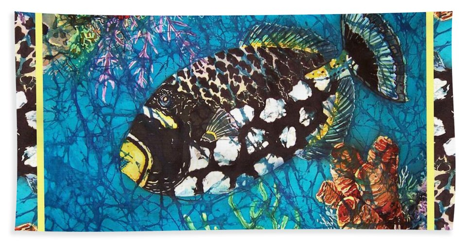 Batik Hand Towel featuring the painting Clown Triggerfish-bordered by Sue Duda