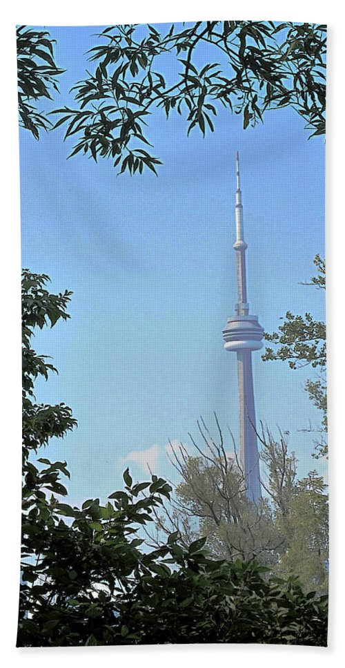 Cn Tower Hand Towel featuring the photograph Cn Tower Framed by Ian MacDonald
