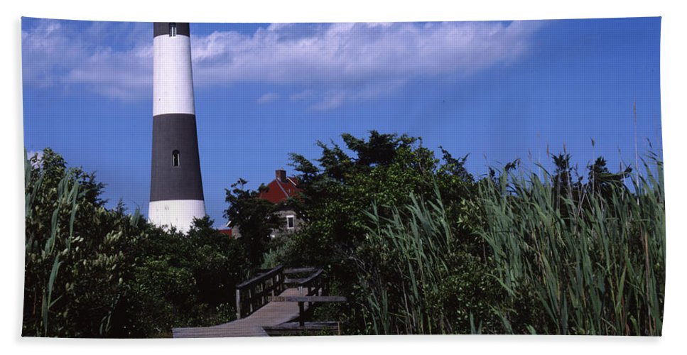 Landscape Lighthouse Fire Island Bath Sheet featuring the photograph Cnrf0702 by Henry Butz
