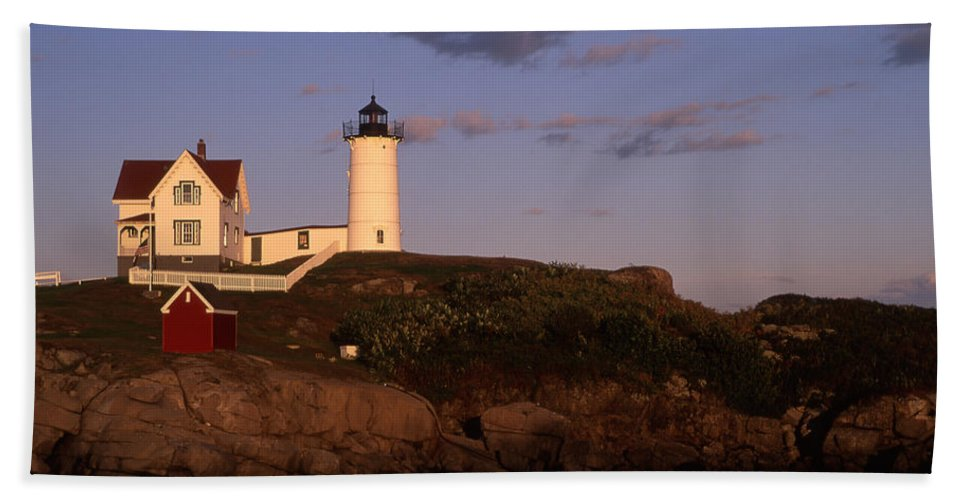 Landscape New England Lighthouse Nautical Coast Bath Sheet featuring the photograph Cnrf0908 by Henry Butz
