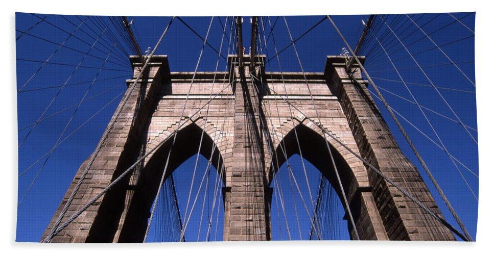 Landscape Brooklyn Bridge New York City Bath Sheet featuring the photograph Cnrg0409 by Henry Butz