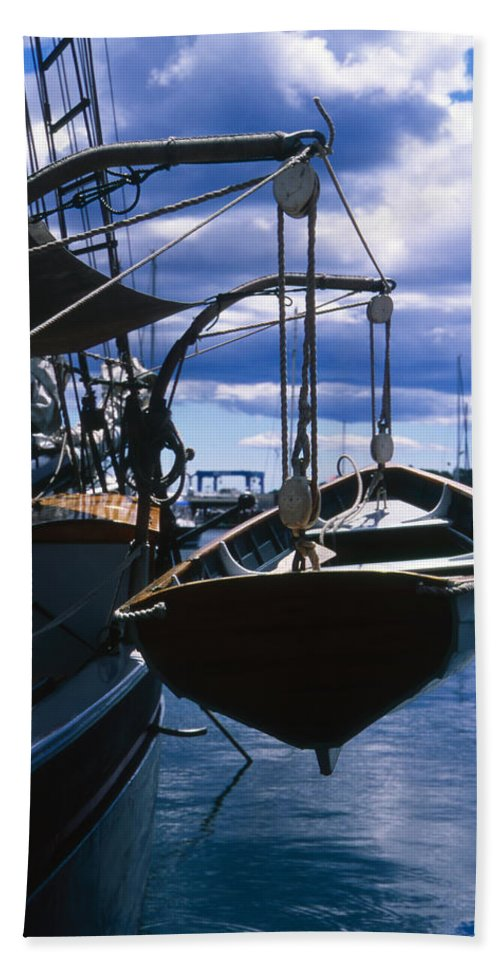 Landscape Camden Harbor Maine Sail Boat Harbor Nautical Bath Sheet featuring the photograph Cnrh0601 by Henry Butz