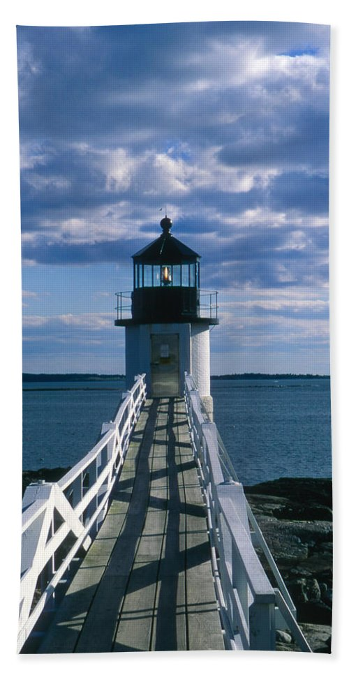 Landscape Lighthouse New England Marshall Point Light Port Clyde Bath Sheet featuring the photograph Cnrh0603 by Henry Butz