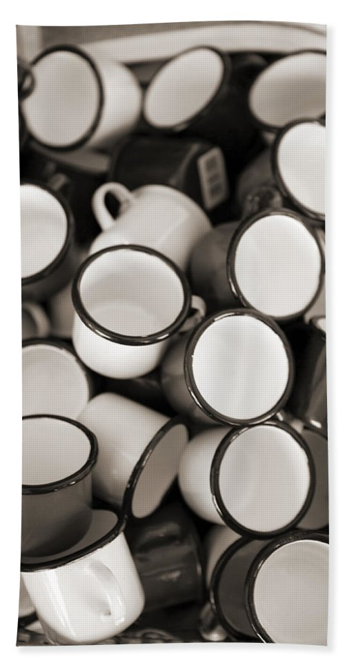 Coffee Bath Sheet featuring the photograph Coffe Cups 2 by Marilyn Hunt