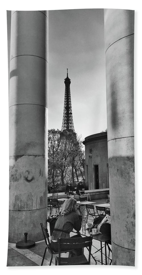 Black And White Hand Towel featuring the photograph Coffee In Paris by Frank DiMarco