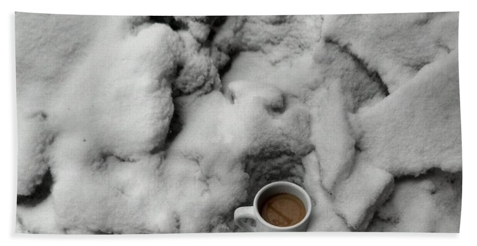 Coffee Bath Sheet featuring the photograph Coffee On The Rocks by T Cook