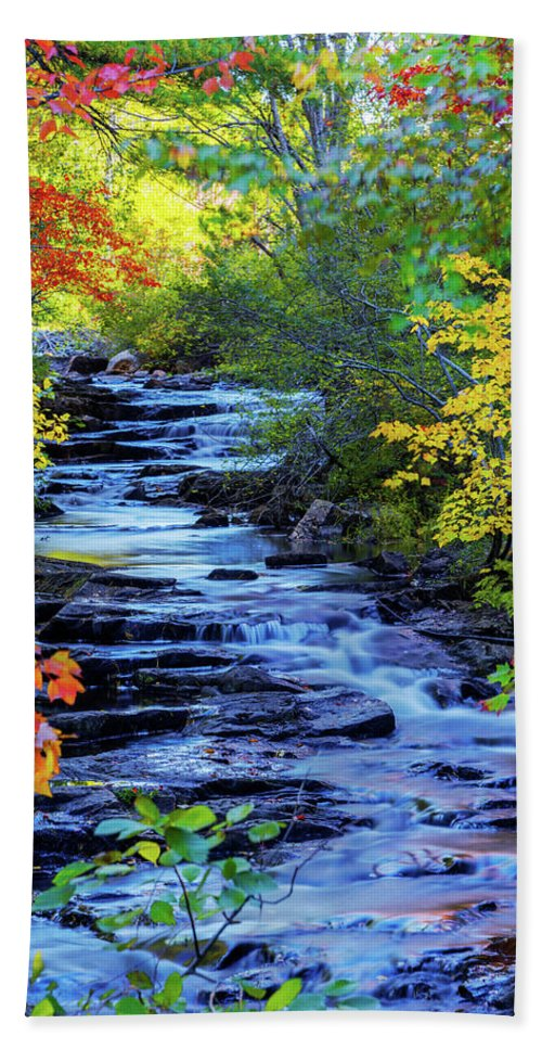 Color Alley Bath Towel featuring the photograph Color Alley by Chad Dutson