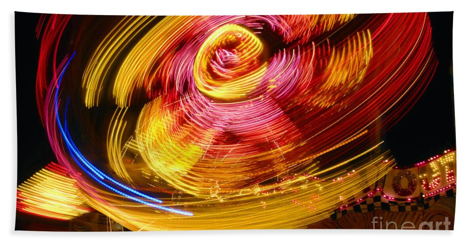 Fair Hand Towel featuring the photograph Color Twist by David Lee Thompson