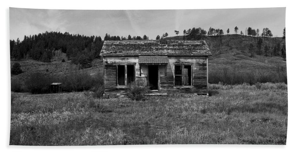 Horizontal Hand Towel featuring the photograph Colorado History by Brian Kamprath