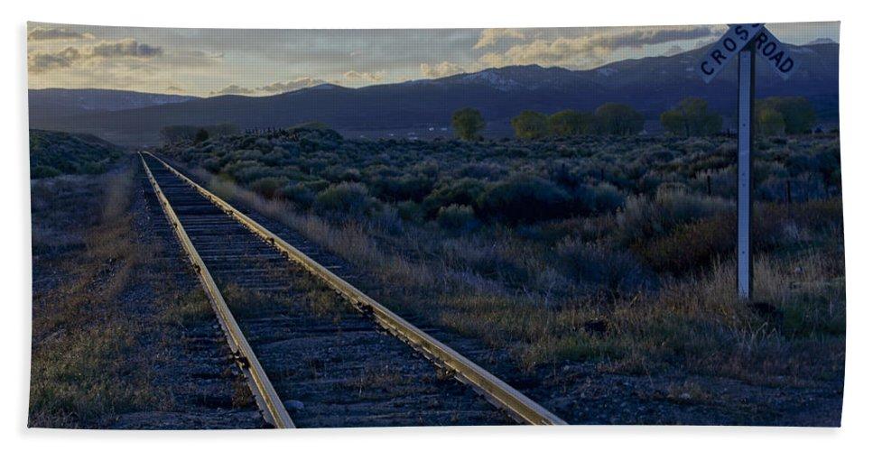 Horizontal Hand Towel featuring the photograph Colorado Railroad Crossing by Brian Kamprath