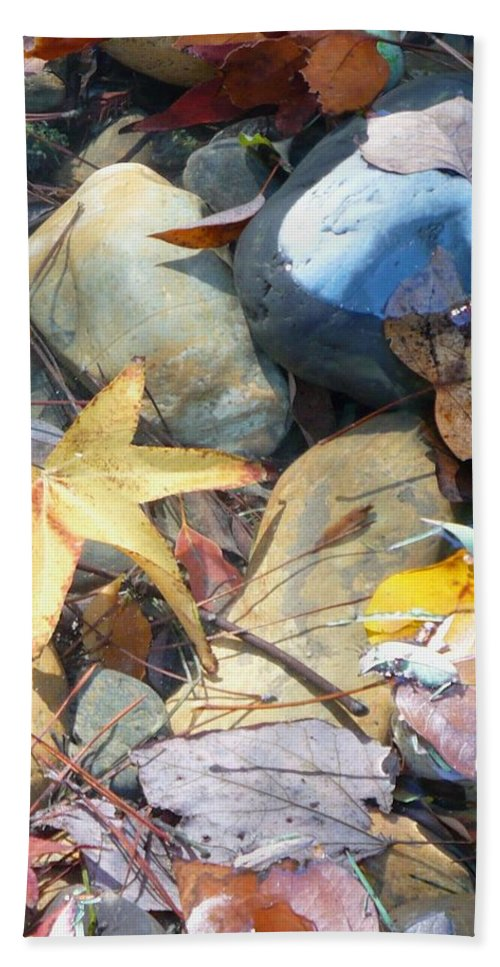 Leaves Bath Towel featuring the photograph Colorful Leaves And Rocks In Creek by Carol Groenen