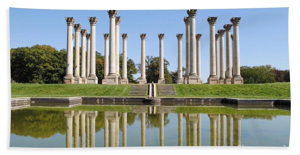 Washington Bath Sheet featuring the photograph Column Reflection by Jost Houk