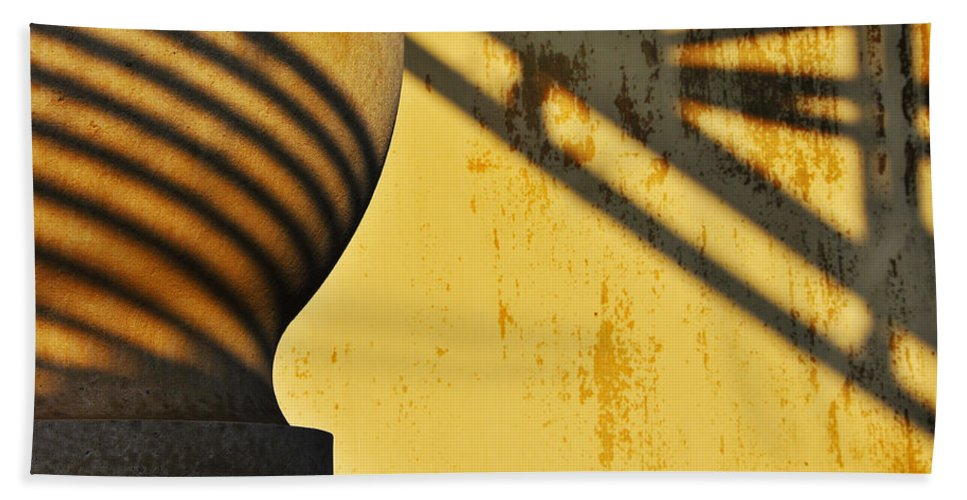 Architecture Bath Towel featuring the photograph Comb Over by Skip Hunt