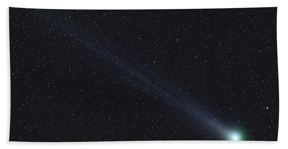 Space Bath Sheet featuring the photograph Comet Lovejoy by Rolf Geissinger