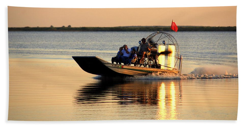 Air Boat Bath Sheet featuring the photograph Coming Home by Susanne Van Hulst