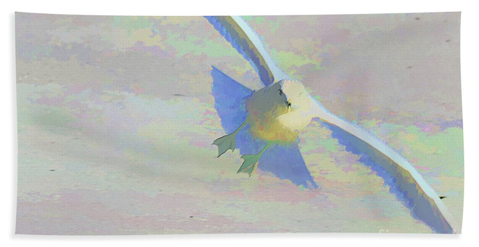 Bird Bath Sheet featuring the photograph Coming In by Deborah Benoit