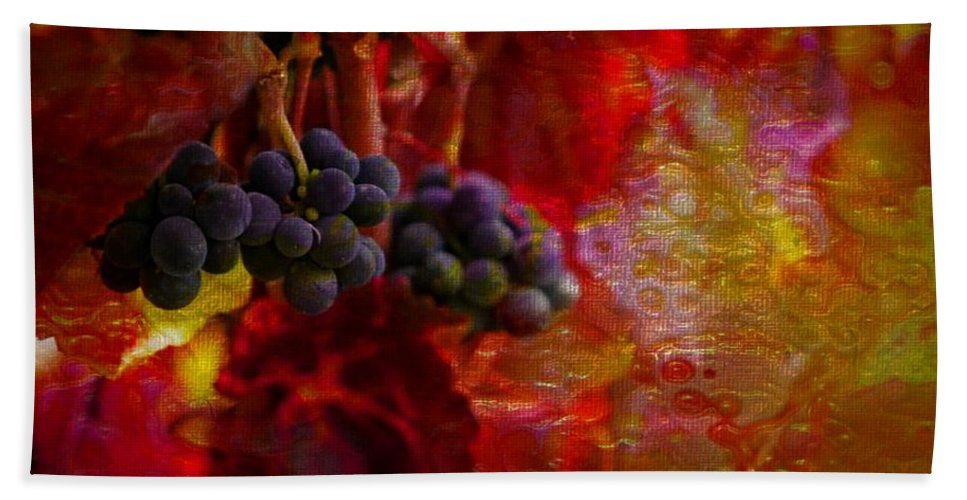Grapes Hand Towel featuring the photograph Concord Tendrils by Ellen Cannon