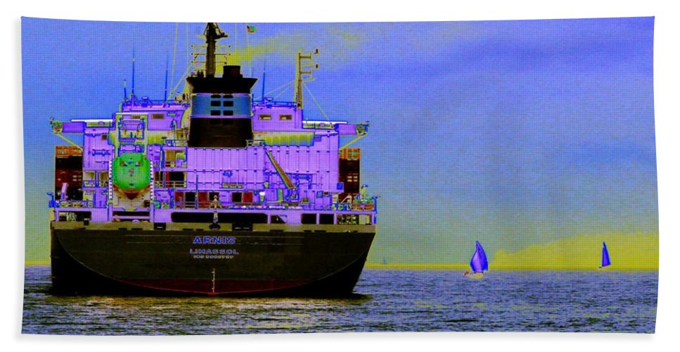 Seattle Hand Towel featuring the photograph Container Sail by Tim Allen