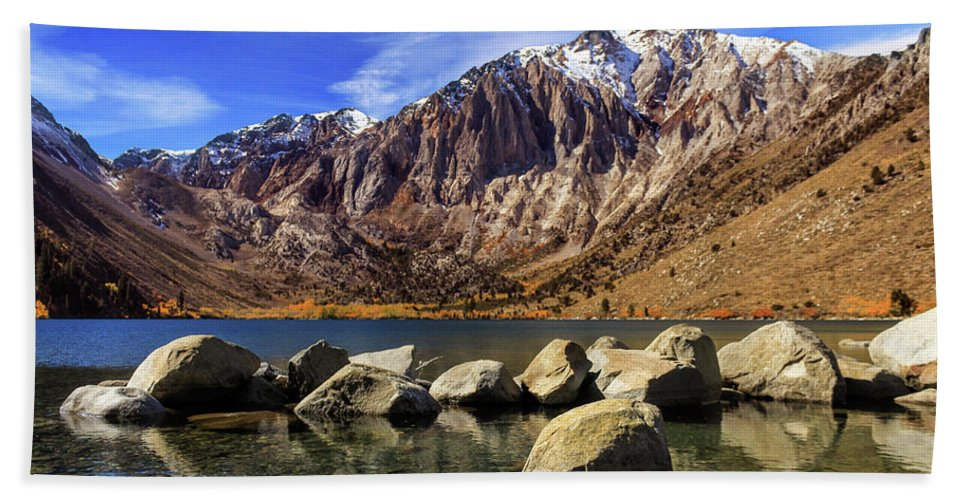 Landscape Bath Sheet featuring the photograph Convict Lake by James Eddy