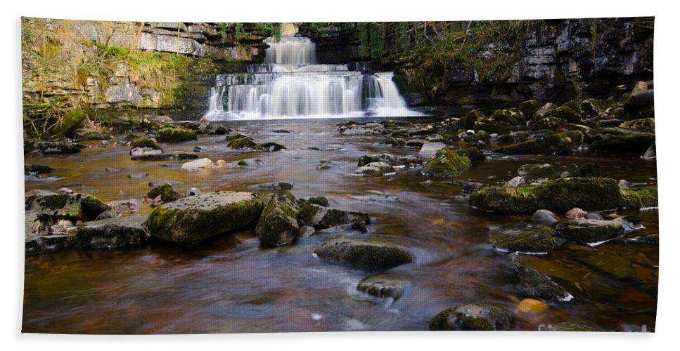 Cotter Force Hand Towel featuring the photograph Cotter Force by Smart Aviation