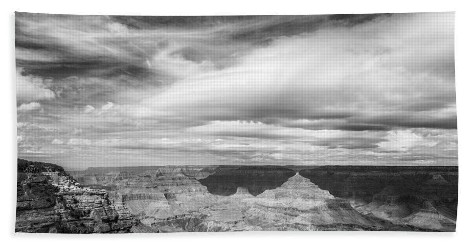 Grand Canyon Bath Towel featuring the photograph Counterbalance Bw by Belinda Greb