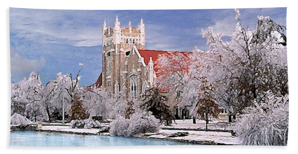 Winter Bath Towel featuring the photograph Country Club Christian Church by Steve Karol