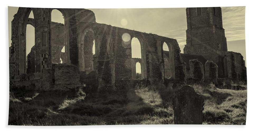 Ancient Hand Towel featuring the photograph Covehithe Abbey by Svetlana Sewell