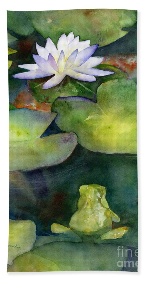 Koi Bath Towel featuring the painting Coy Koi by Amy Kirkpatrick