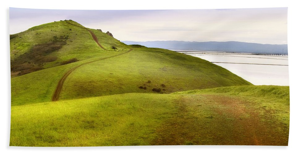 Landscape Bath Towel featuring the photograph Coyote Hills by Karen W Meyer