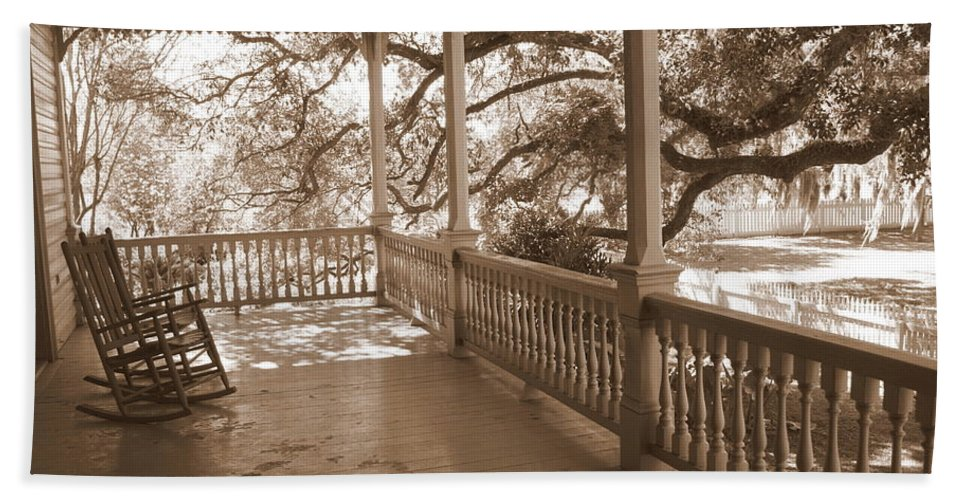 Porch Bath Sheet featuring the photograph Cozy Southern Porch by Carol Groenen