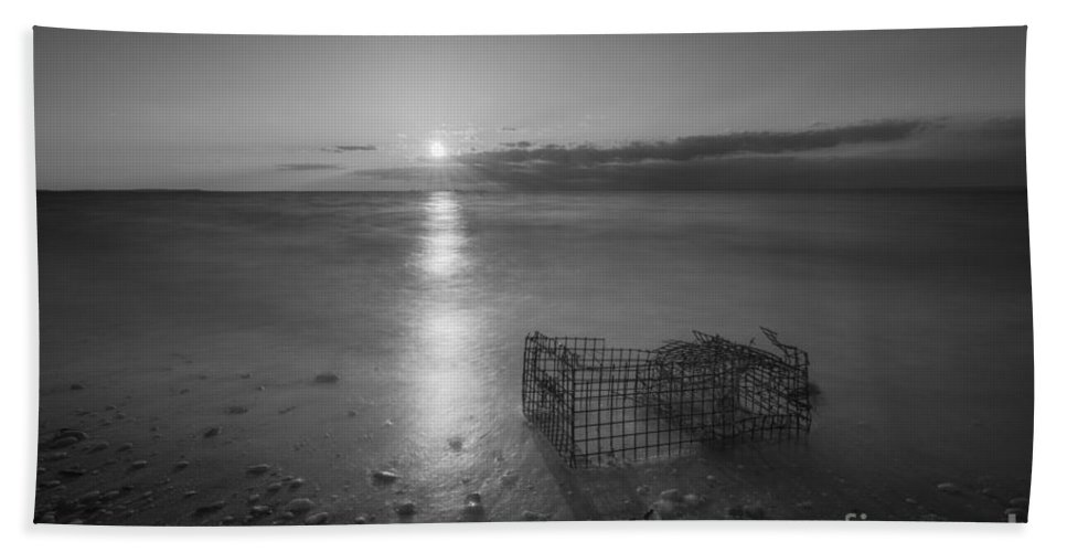 Sandy Hook Bath Sheet featuring the photograph Crab Trap Sunset Le Bw by Michael Ver Sprill