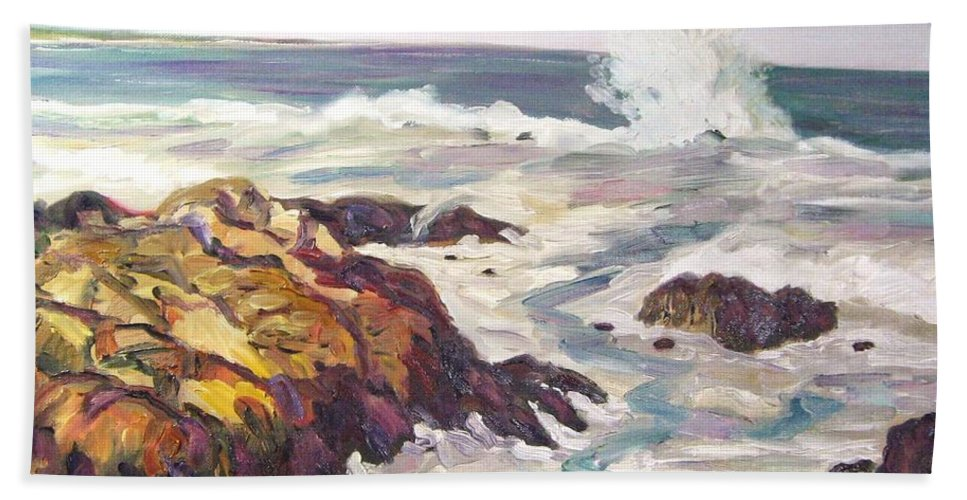 Water Hand Towel featuring the painting Crashing Wave On Maine Coast by Richard Nowak
