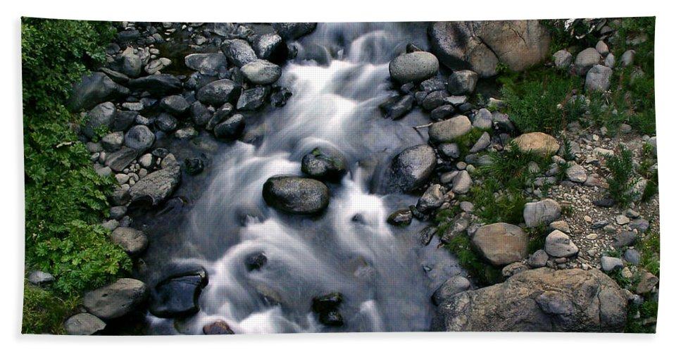 Creek Bath Towel featuring the photograph Creek Flow by Peter Piatt