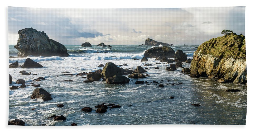 Sea Stacks Hand Towel featuring the photograph Crescent City Shoreline by Greg Nyquist