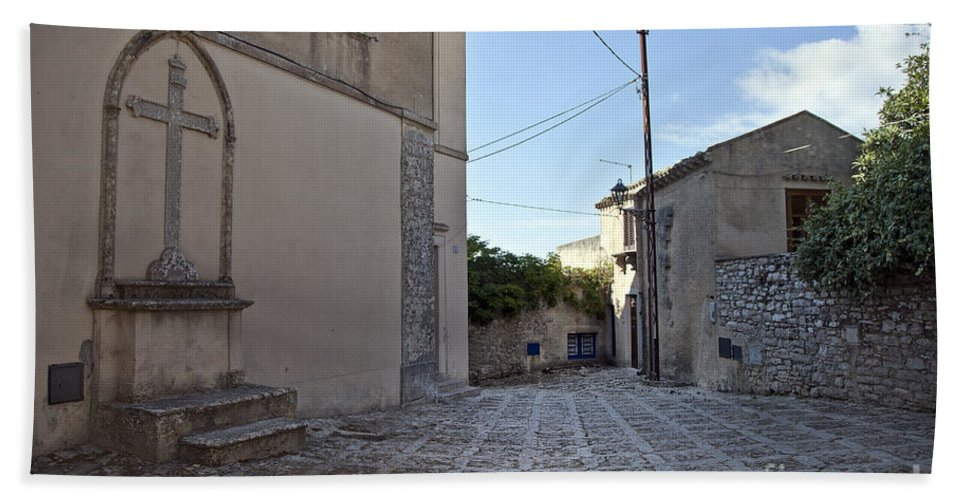 Cross Bath Sheet featuring the photograph Cross Road In Sicily by Madeline Ellis