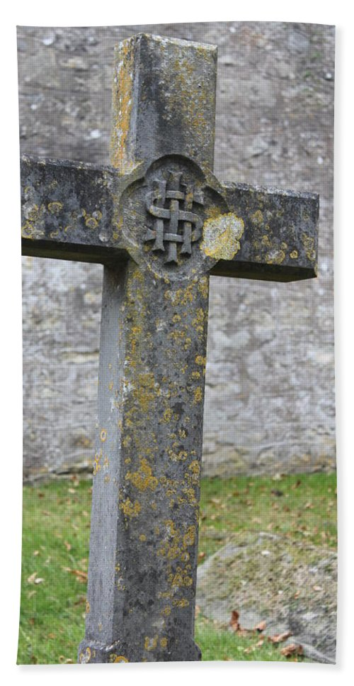 Cross Bath Sheet featuring the photograph Cross Tombstone St. Mary's Wedmore by Lauri Novak