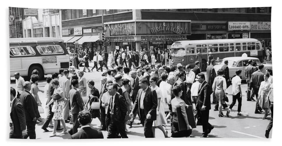 1960s Bath Sheet featuring the photograph Crowded Street, Nyc, C.1960s by H. Armstrong Roberts/ClassicStock